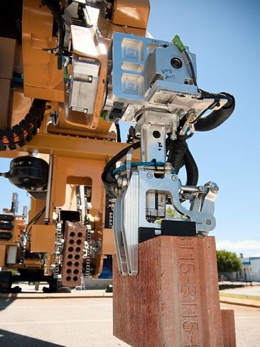 Robotic_Bricklayer_1