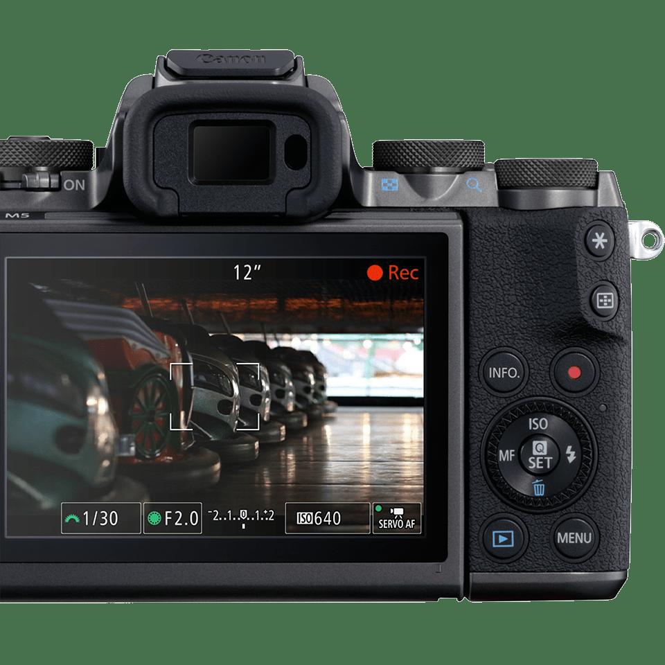 Canon EOS M5_1