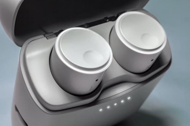 Apple AirPods Alternatives Cambridge Audio Melomania 1